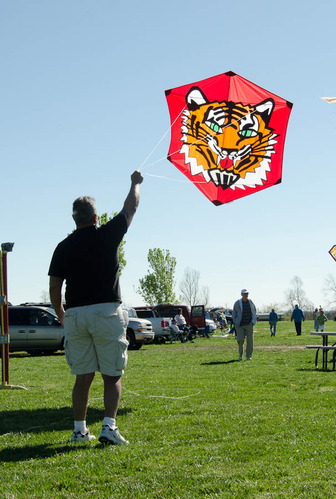 /_uploaded_files/kite_fest_2012-3.jpg